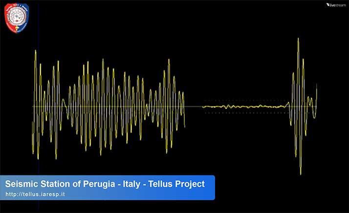 Terremoto Mw 6.8 - 12/05/2015 - ore 21:12 UTC - Giappone